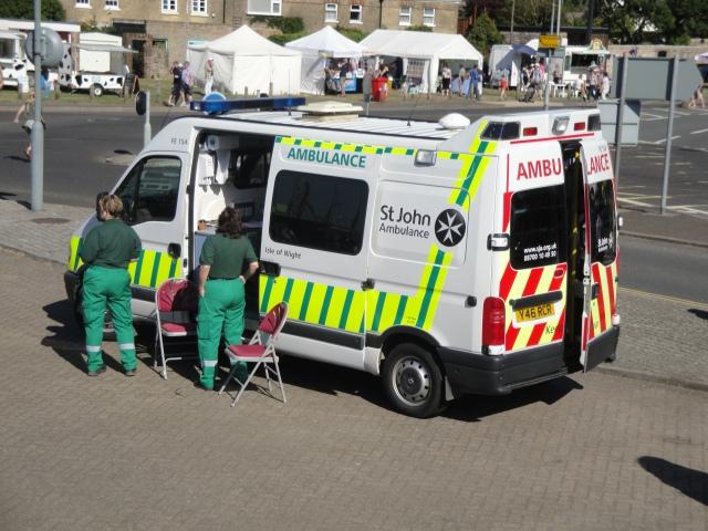 St_John_Ambulance_FE154_Y46_RCR